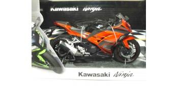 moto miniatura Kawasaki Ninja scala 1/12 Joycity moto miniatura