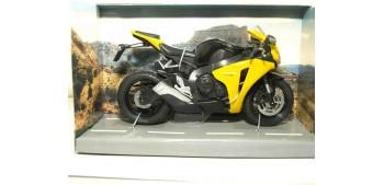 moto miniatura Honda CBR 1000 RR escala 1/12 Joycity moto
