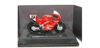Ducati 888 SBK FALAPPA 1992 escala 1/32 NEW RAY moto miniatura