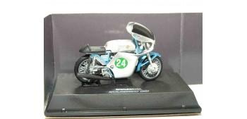 miniature motorcycle Ducati 250 Bicilindrico 1960 escala 1/32