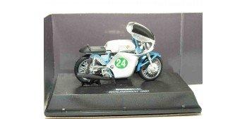 Ducati 250 Bicilindrico 1960 escala 1/32 NEW RAY moto miniatura