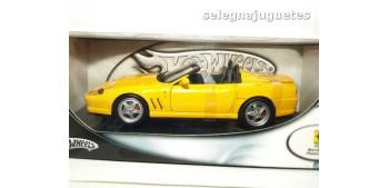 Ferrari 550 Barchetta Pinifarina amarillo escala 1/18 Hot Wheels