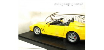 coche miniatura Ferrari 550 Barchetta Pinifarina amarillo