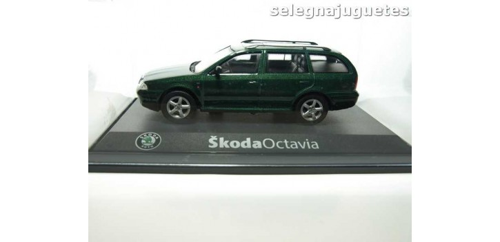 SKODA OCTAVIA SW - 1/43 - COCHE MINIATURA