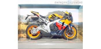 miniature motorcycle Honda CBR Fireblade repsol escala 1/12