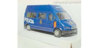 Furgón Ford Transit azul Policia Nacional escala 1/43 Cararama