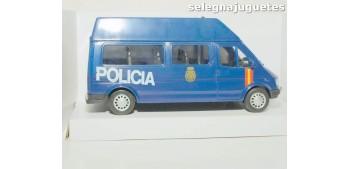 coche miniatura Furgón Ford Transit azul Policia Nacional