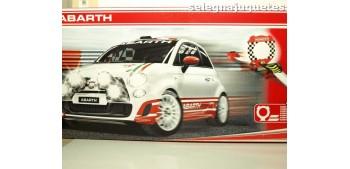 Fiat Abarth rally action, coche mas circuito escala 1/64 motorama