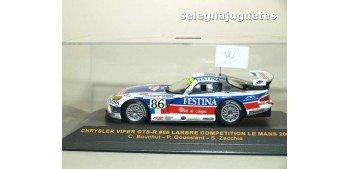 Chrysler Viper GTS-R Le Mans 2003 Bouchut Goueslard Zacchia escala 1-43 Ixo