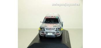 Mitsubishi Pajero Dakar 2001 Shinozuka Gallagher 1/43 (defecto vitrina)