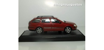 Skoda Octavia Sw rojo escala 1/43 Abrex coche miniatura metal