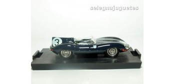 miniature car Jaguar D type Le Mans 1957 Ivor Bueb escala 1/43