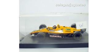 miniature car Lola Interstate Roberto Guerrero escala 1/43 onyx