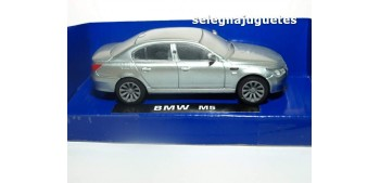 BMW M5 GRIS 1/43 NEW RAY COCHE METAL
