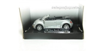 miniature car VOLKSWAGEN NEW BEETLE CABRIOLET GRIS - 1/43 -