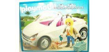 Playmobil - Coche descapotable con mujer y cachorro 5585