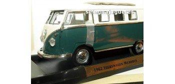 Volkswagen Microbus 1962 Sliding Sunroof Edition oscura 1/18