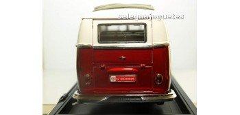 Volkswagen Microbus Sliding Sunroof Edition 1962 1/18 Yat ming