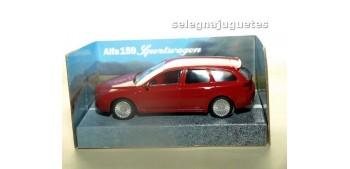 Alfa Romeo 159 SW rojo escala 1/43 Mondo Motor coche miniatura escala