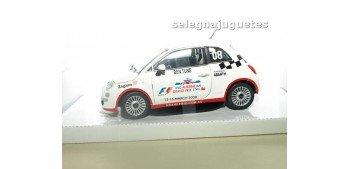 miniature car FIAT 500 NUEVO CELEBRITY CHALLENGE - 1/24 MONDO