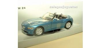 coche miniatura BMW Z4 azul escala 1/24 Mondo motors