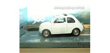 Fiat 500 escala 1/24 MONDO MOTORS Mondo Motors