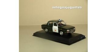 coche miniatura Renault 10 Agrupación de Trafico Guardia Civil