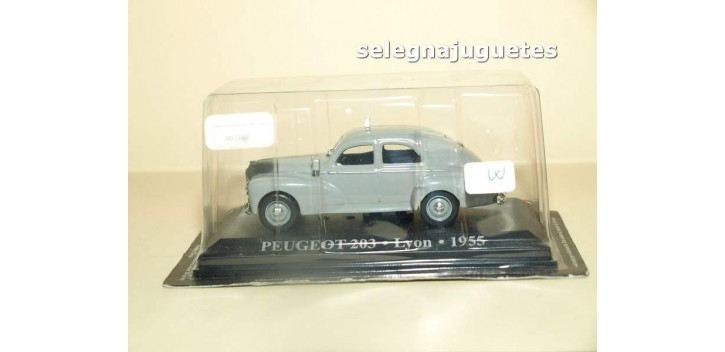 PEUGEOT 203 LYON 1955 -TAXI - BLISTER - IXO - 1/43 Ixo