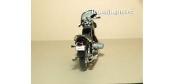Bmw R100S escala 1/18 Welly moto