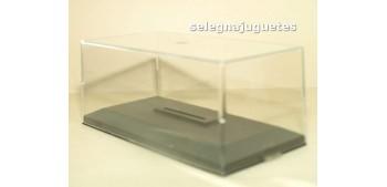 Vitrina expositora urna Plástica con Peana para coche escala