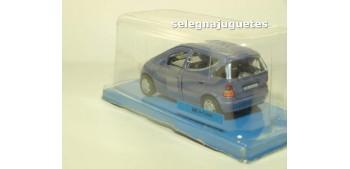 Mercedes Benz Clase A (blister) escala 1/43 Cararama coche
