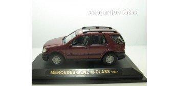 MERCEDES BENZ CLASE M 1997 BURDEOS 1/43 YAT MING