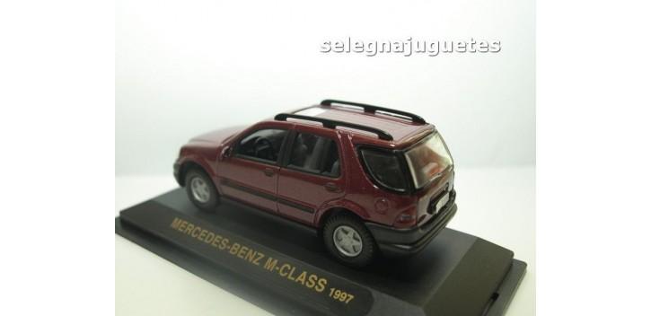 maquetas de coches MERCEDES BENZ CLASE M 1997 BURDEOS 1/43 YAT