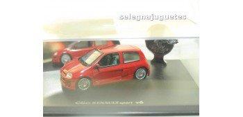 Renault Clio Sport V6 escala 1/43 Universal Hobbies