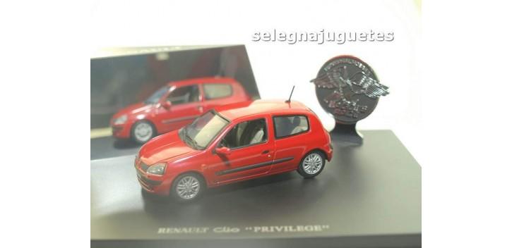 Renault Clio Privilege escala 1/43 Universal Hobbies