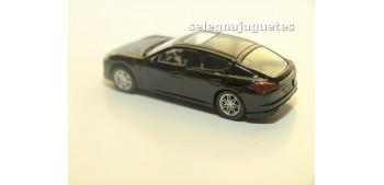 Porsche Panamera Turbo 1/60 Rmz coche metal miniatura