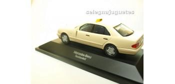 Mercedes Benz Clase E Taxi escala 1/43 Herpa