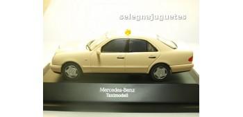 coche miniatura Mercedes Benz Clase E Taxi escala 1/43 Herpa