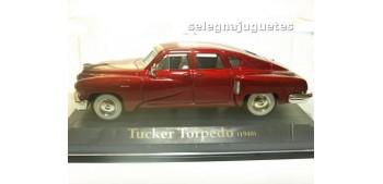 Tucker Torpedo 1948 (vitrina) escala 1/43 Universal Hobbies Yat Ming