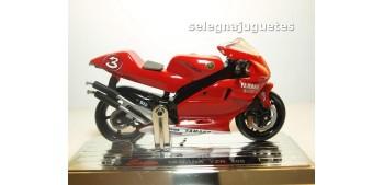 Yamaha Yzr 500 Max Biaggi escala 1/18 Saico
