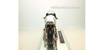 Suzuki Rgv-r Nobuatsu Aoki escala 1/18 Saico