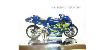 Suzuki Rgv-r Kenny Roberts escala 1/18 Saico