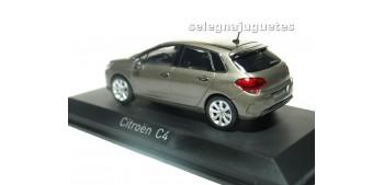 Citroen C4 2015 grey escala 1/43 Norev