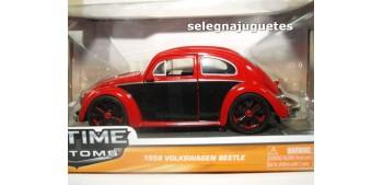 miniature car Volkswagen Beetle Bicolor rojo negro escala 1/24