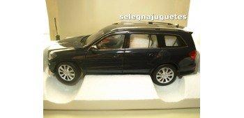 Mercedes Benz Gl 500 2012 Cavansit Blue escala 1/18 Norev