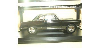 Peugeot 404 Coupé 1967 Black escala 1/18 Norev