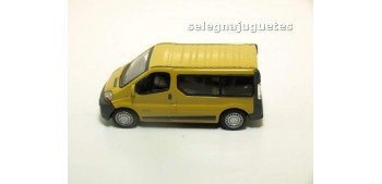 Renault Traffic escala 1/72 Cararama sin caja coche miniatura metal