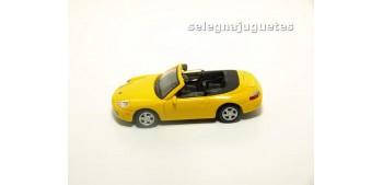 miniature car Porsche 911 Cabriolet escala 1/72 Cararama sin