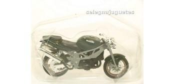 Suzuki Monster escala 1/18 Maisto moto miniatura