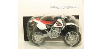 Honda XR400R escala 1/18 Maisto moto miniatura (sin caja)